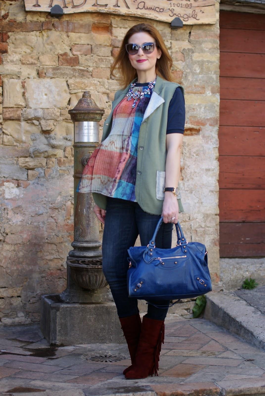 Zara statement necklace, Gaia d'este boots, Praio sleeveless jacket, Millelire orologio, Balenciaga City, Fashion and Cookies, fashion blogger