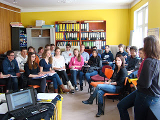 http://amnesty-luxembourg-photos.blogspot.com/2013/05/school-class-visit_24.html