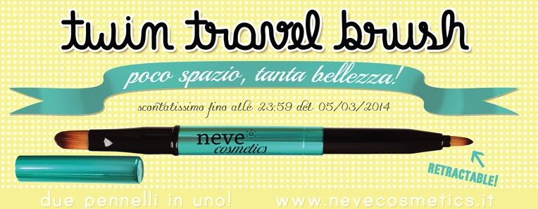 Neve Cosmetics - Nuovo Twin Travel Brush in offerta lancio