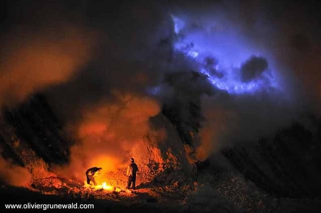 Kawah Ijen - Volcán indonesio arroja hermosa lava azul