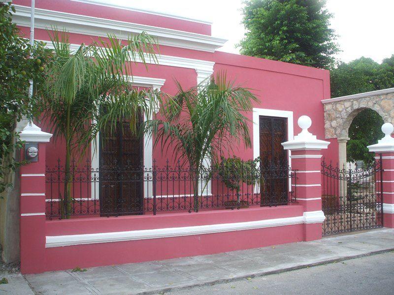 Fachadas color rosa todo sobre fachadas for Colores para afuera de la casa