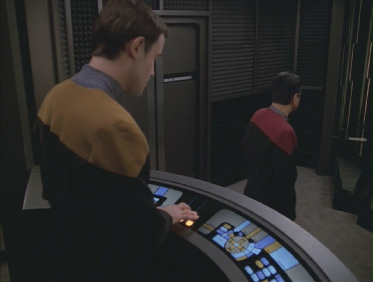 My voyager crush - Star trek online console ...