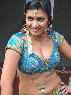 Taslima Shaik Tamil Item Girl Spicy Pics in Deep neck Choli