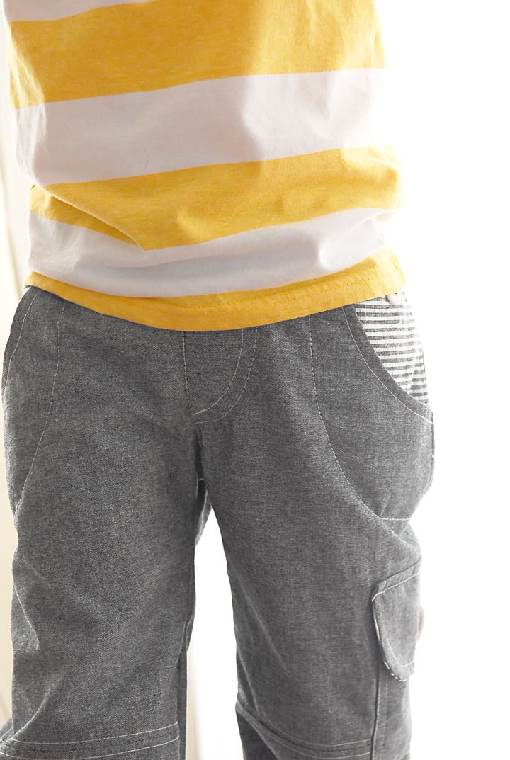 Boys' cargo pants and jeans are great choices for casual, everyday style. These durable pants look great with his favorite shirts and sweaters for a long day at school. Pair straight-leg boys' jeans with a striped sweater in the spring and fall, or try khaki cargos with a breezy graphic tee in the summer.