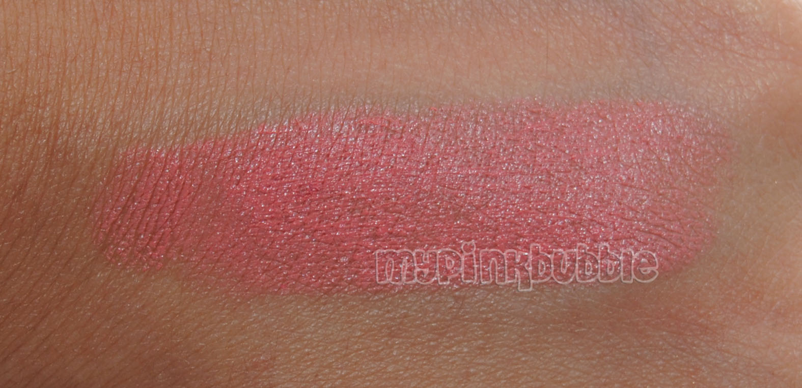 Labial Wet n Wild Just Peachy swatch