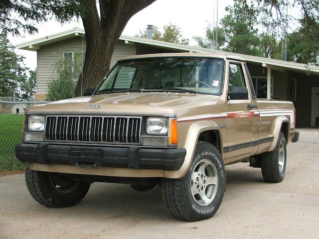 daily turismo pioneer longbed 1989 jeep comanche mj. Black Bedroom Furniture Sets. Home Design Ideas