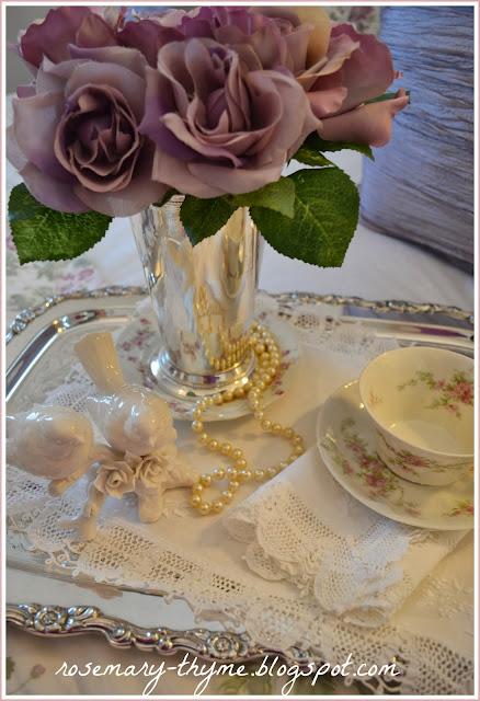 romantic moments tablescape