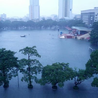 Image of flooding of UST field, Manila