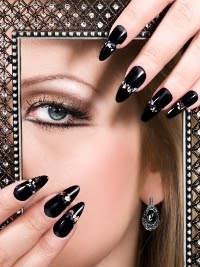 Cool-Nail-Art-Designs-for-Fall-2012