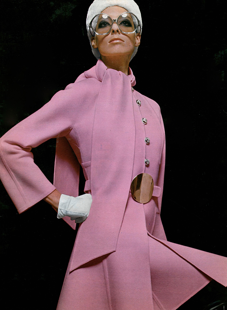 Mila Schon pink suit Fall/Winter 1968 via www.fashionedbylove.co.uk
