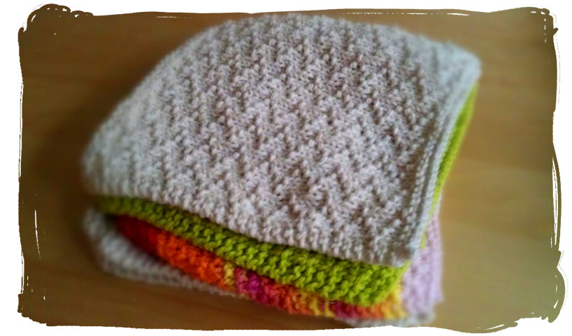 Girl Gone Granola: Knitting Project: Zig Zags Dishcloth