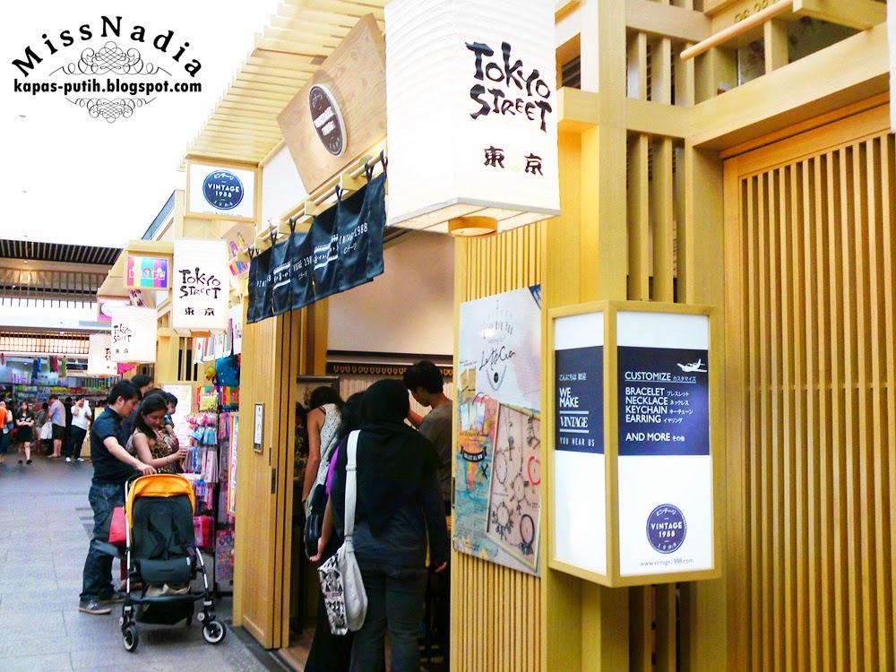 Fahrenheit to Pavillion Part 3 (15 Pics) Tokyo Street
