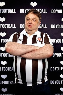 St. Pauli apresenta novo uniforme