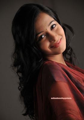 Vivah Actress Amrita Rao's Glamorous Photoshoot Behind The ...