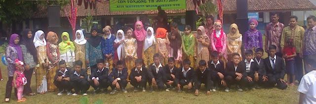 Guru dan siswa kelas 6 sdn tonjong tahun 2015