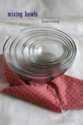 glass mixing and serving bowls