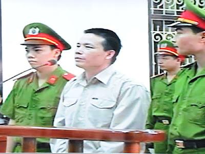 Bị cáo Đoàn Văn Vươn tại phần xét hỏi của phiên xét xử sơ thẩm