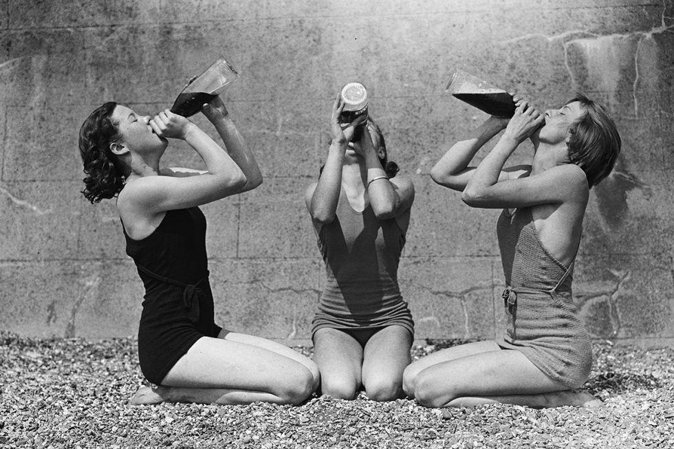 1000  ideas about Vintage Photos Women on Pinterest | Vintage ...