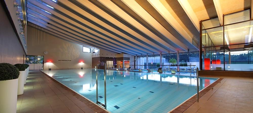 Pitufollow mis primeros metros de nataci n en for Piscinas climatizadas zaragoza