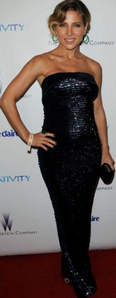 Elsa Pataky con hermoso vestido negro brillante