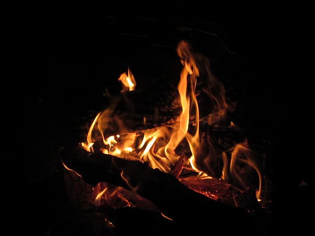 Shapes in the fire