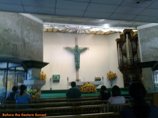 Altar of EDSA Shrine