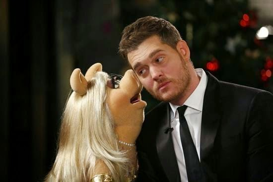 "Catch Miss Piggy on ""Michael Bublé's Christmas in New York"" TONIGHT on NBC at 8pm ET"
