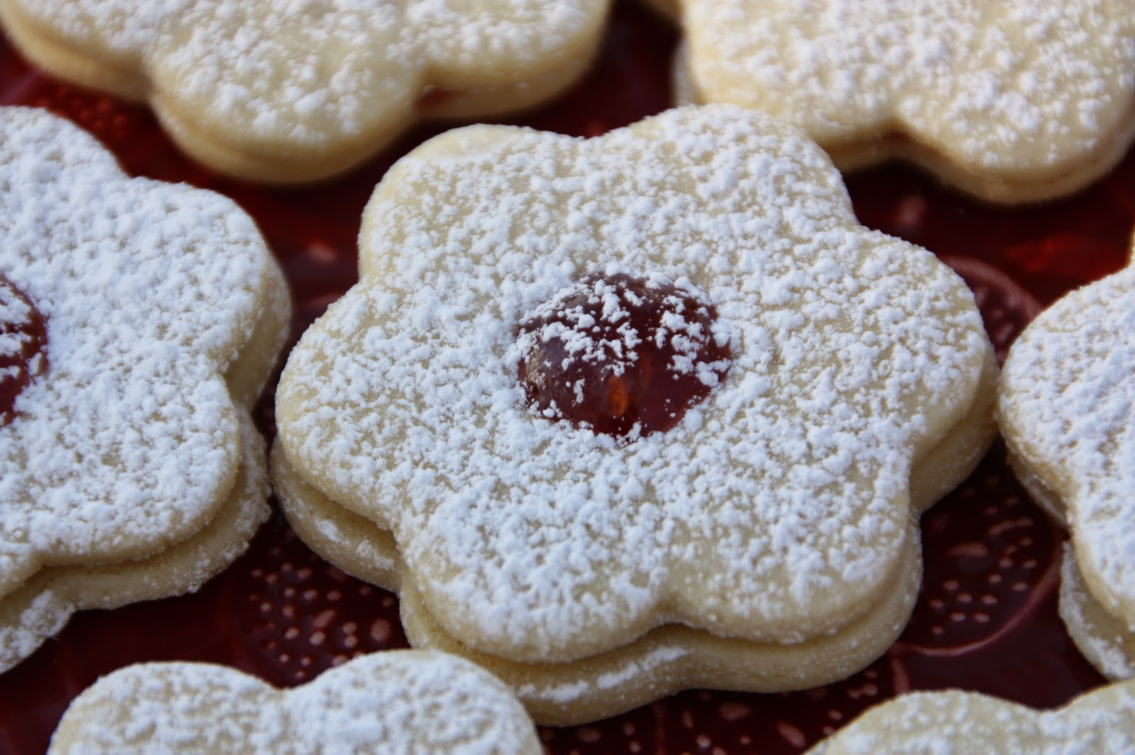 Linzer Cookies Recipes — Dishmaps