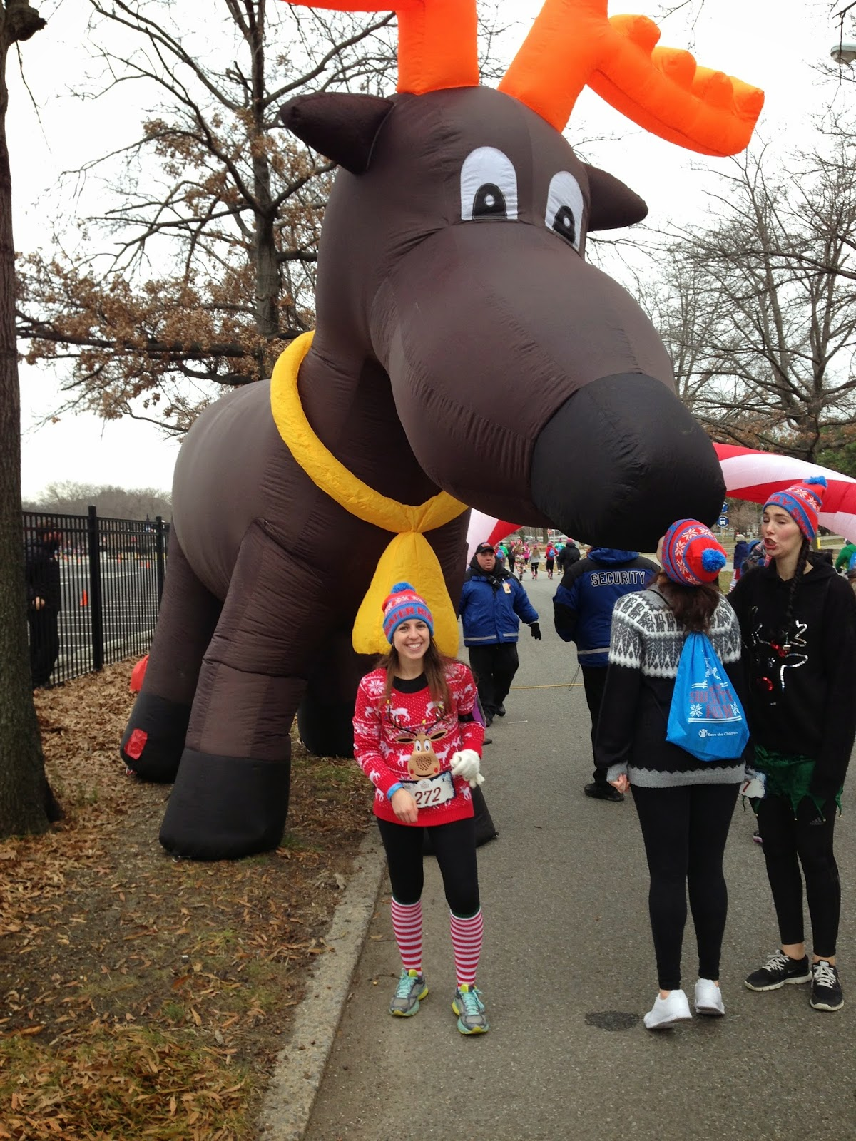 the ugly sweater run mile 1
