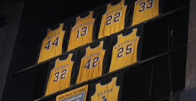 números retirados lakers