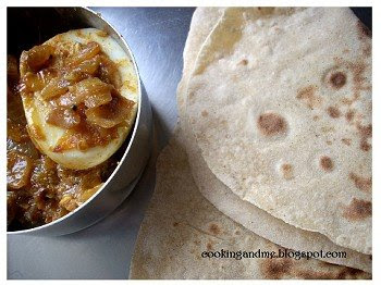 Triangle Parathas | Triangle Roti | Layered Indian Bread Recipe