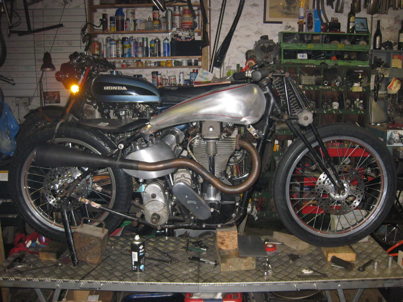 southsiders: Norton and Honda 4 cylinders motorcycle engines