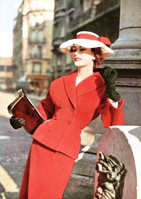 Dior, 1953 #1950s #red #suit #vintage #fashion #50s #Dior