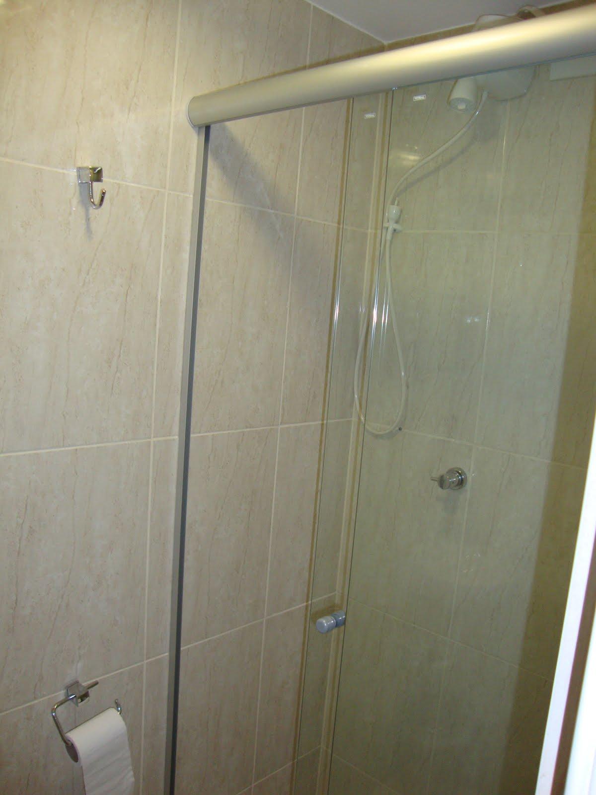 Fotos do Apartamento: Detalhes do apartamento #5B513B 1200x1600 Banheiro De Apartamento Com Exaustor