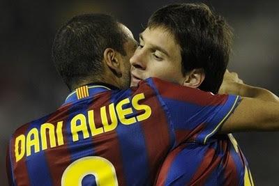 ¡Dani Alves denuncia 'complot' en contra de Messi!