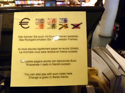 Billetes de euro aceptados en Suiza.