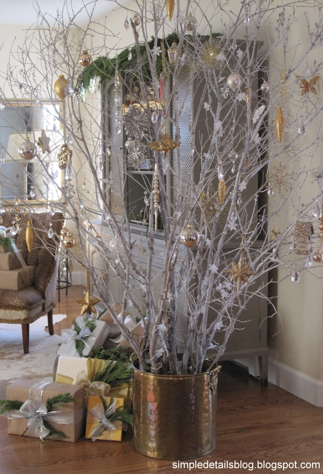 simple details out on a limb our tree. Black Bedroom Furniture Sets. Home Design Ideas