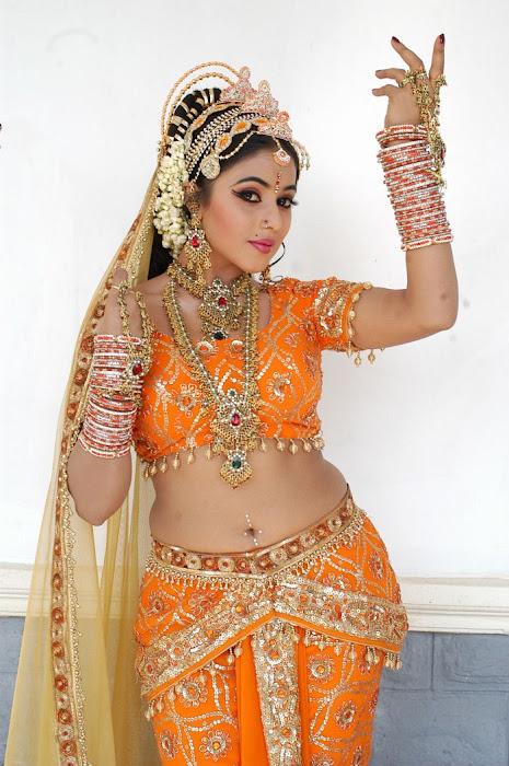 poorna in seema tapakaya movie actress pics