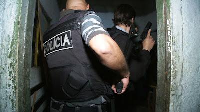 """Cena de """"Operação Policial"""" - Divulgação"""
