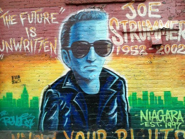 Joe Strummer mural @ Niagara