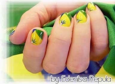 2 Modelos de unhas Decoradas Bandeira do Brasil Copa do Mundo 2014 - World Cup Nail Art