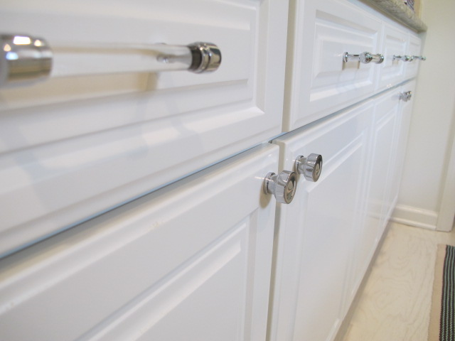 from restoration hardware my cabinets are painted bm white dove seriously people i wanted to paint them a cool color but it is pretty dang expensive to - Restoration Hardware Kitchen Cabinet Pulls
