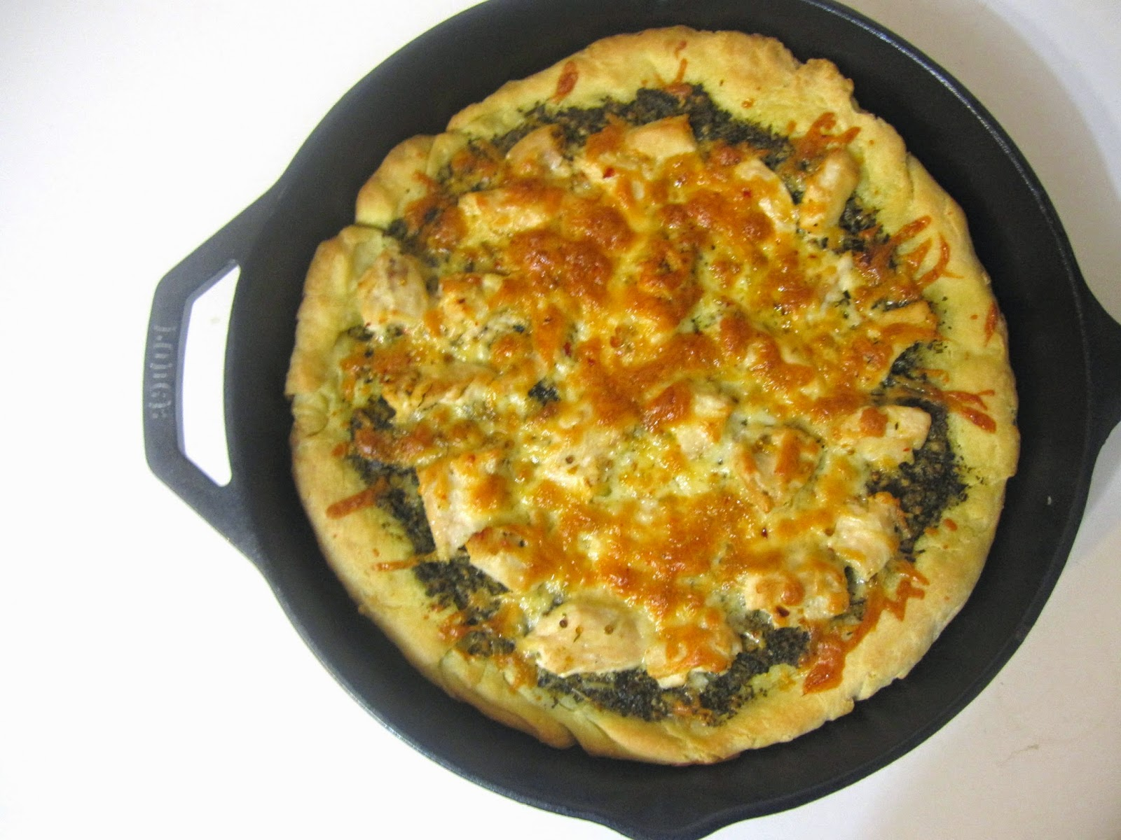 Pesto Chicken Skillet Pizza