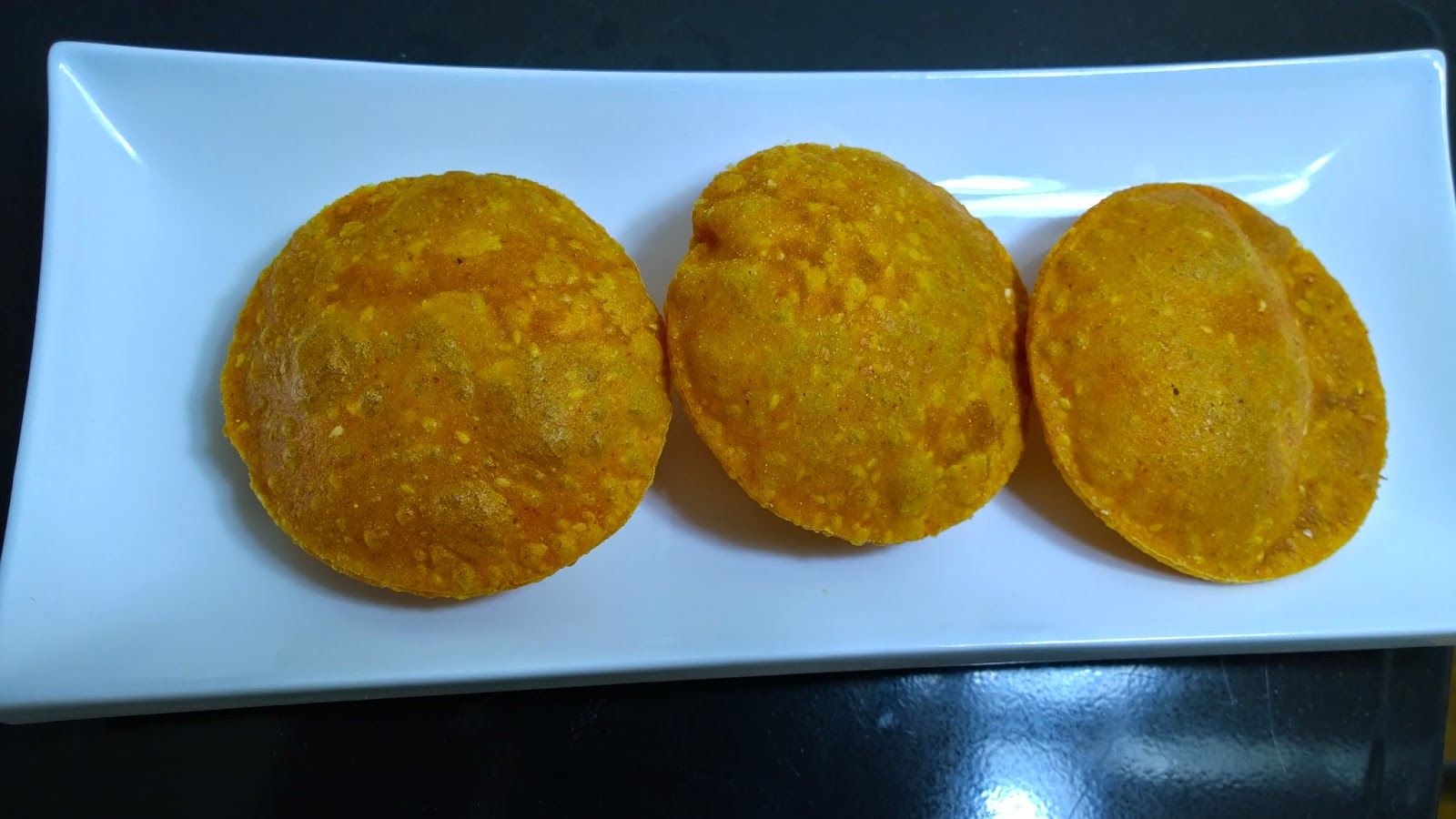 Masala Puri - Tikhat Mithachi Puri