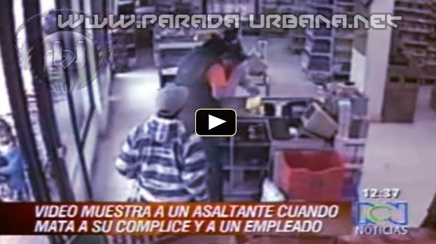 Camara de Seguridad capta el momento que un asaltante mata a su Compañero