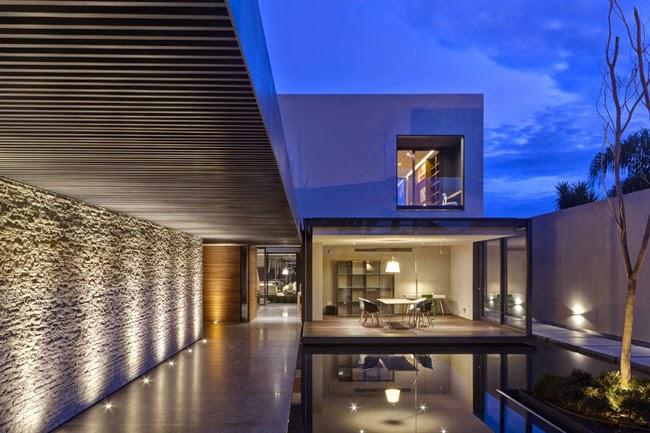 Casa moderna en zapopam modern style house in zapopam - Casas enterradas ...