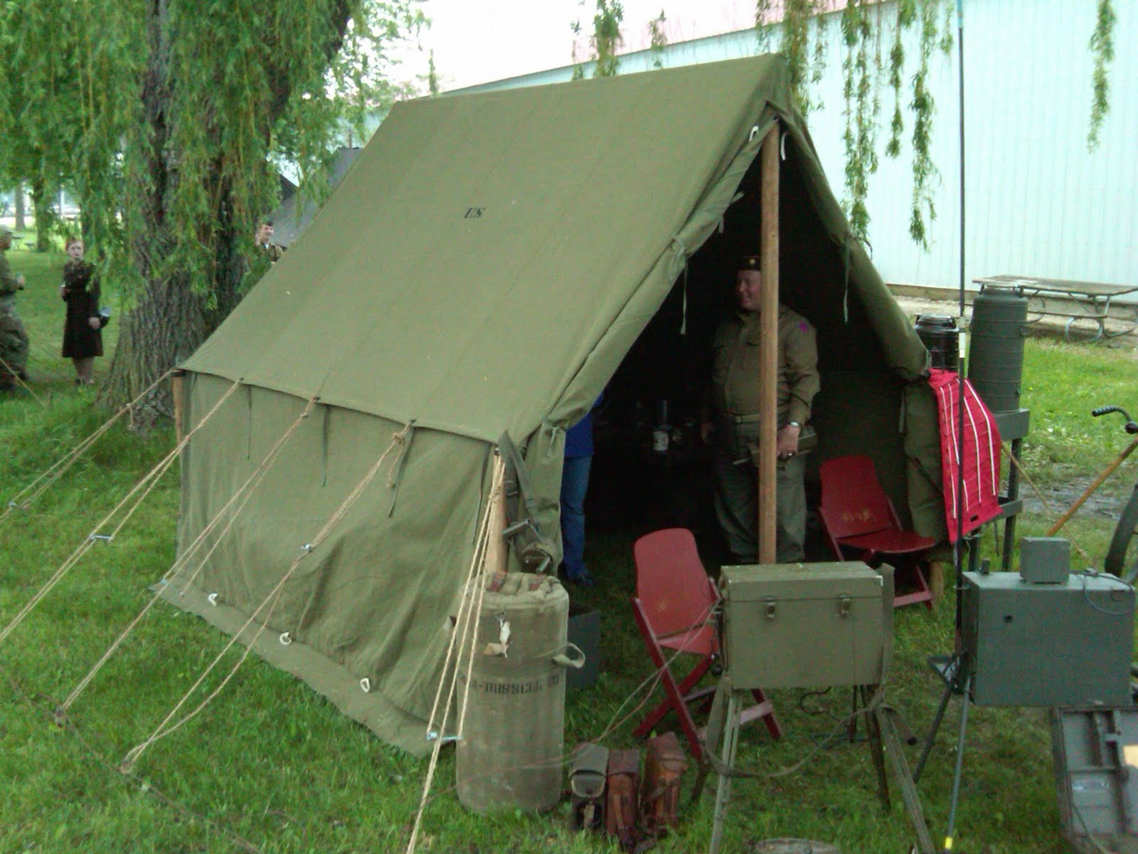 Armbruster Displays WWII Canvas Tents during Anzio Express 2011 & Armbruster Manufacturing Co. | Armbruster Displays WWII Canvas ...