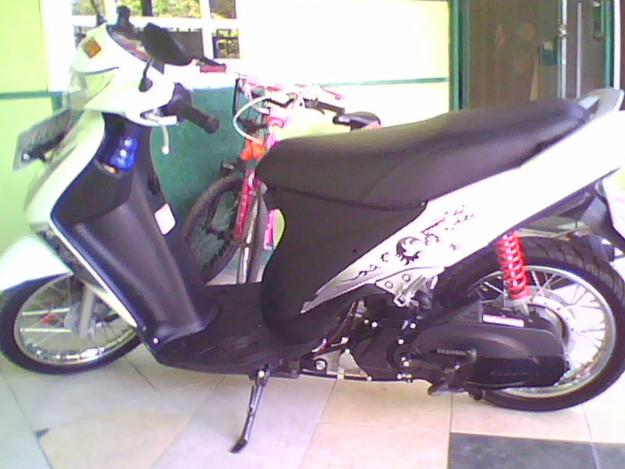 Suzuki spin 125.JPG