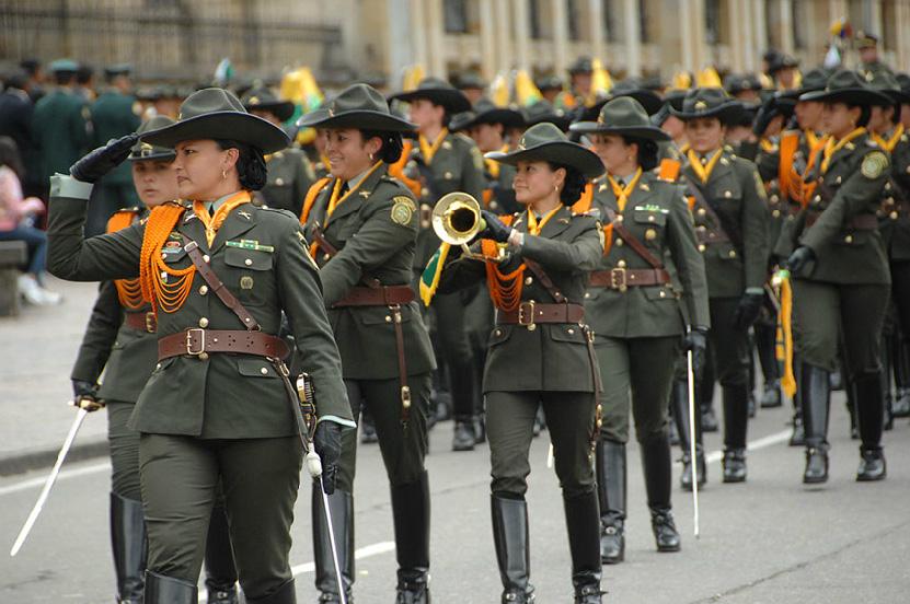 Armée Colombienne / Military Forces of Colombia / Fuerzas Militares de Colombia - Page 3 DESFILE+DIA+DE+LA+INDEPENDENCIA+COLOMBIA+EJERCITO+POLICIA+FUERZA+AEREA+ARMADA+9