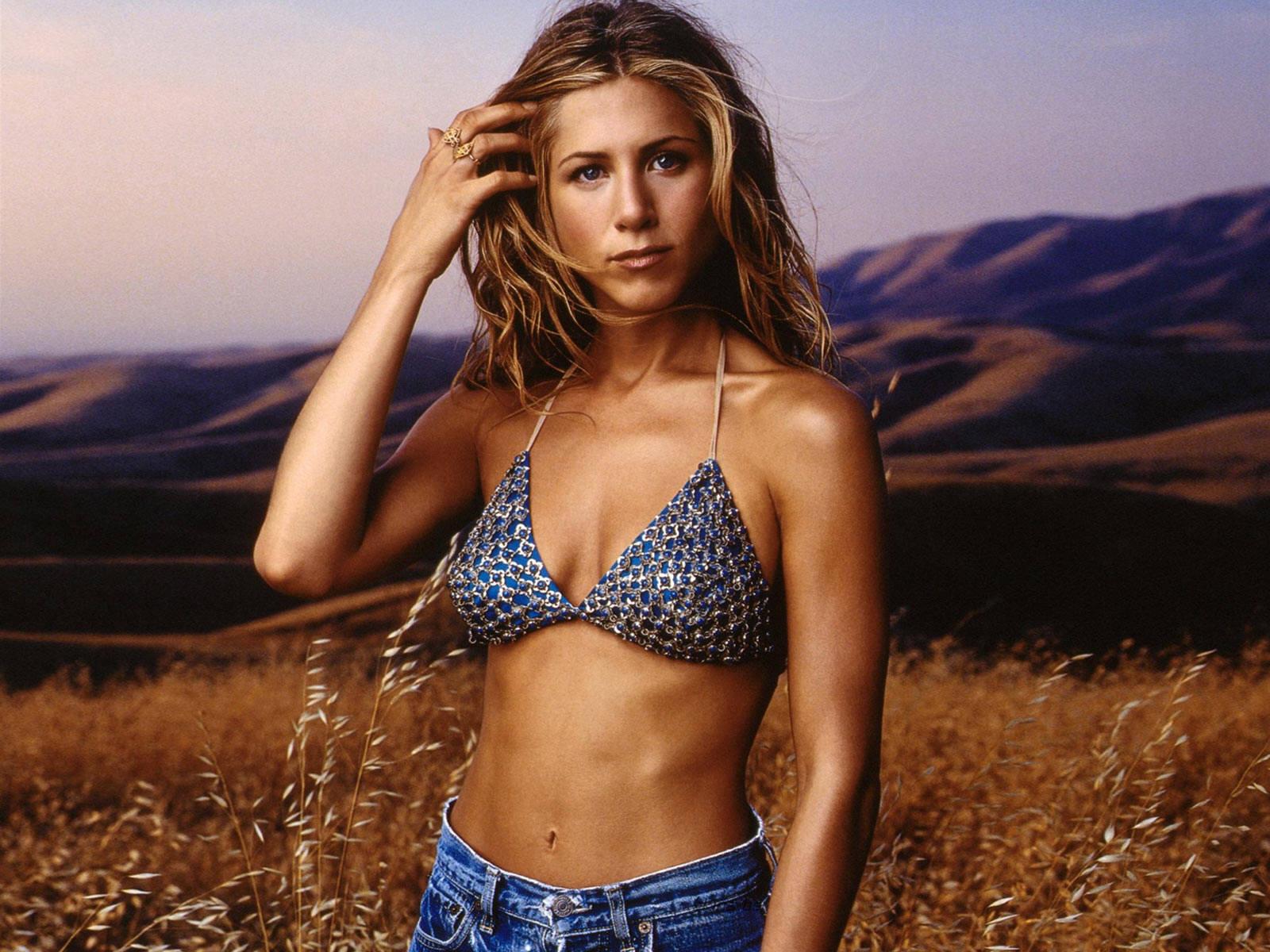 http://1.bp.blogspot.com/-DlCTDSI95LU/T9xm7ixgpzI/AAAAAAAABLk/yrj_hUos__U/s1600/Jennifer+Aniston+HD+Wallpapers+14.jpg